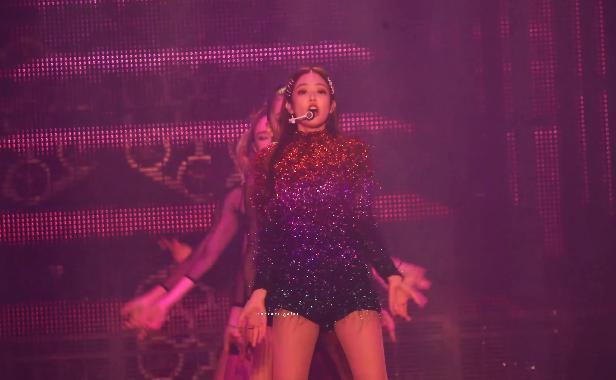 Không chỉ cày-điên-đảo MV Solo, clip live đầu tiên từ Jennie (Black Pink) cũng đang nằm trong tầm ngắm Knet-2
