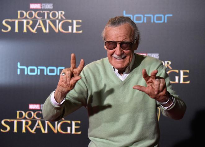 Cha đẻ của Marvel, ông vua truyện tranh Stan Lee qua đời-1