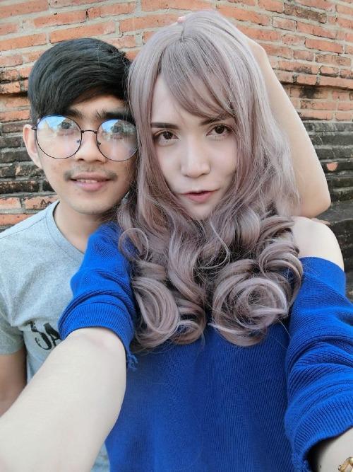 Người mẫu chuyển giới nổi tiếng Thái Lan và chuyện tình xúc động với bạn trai lái xe ôm-1