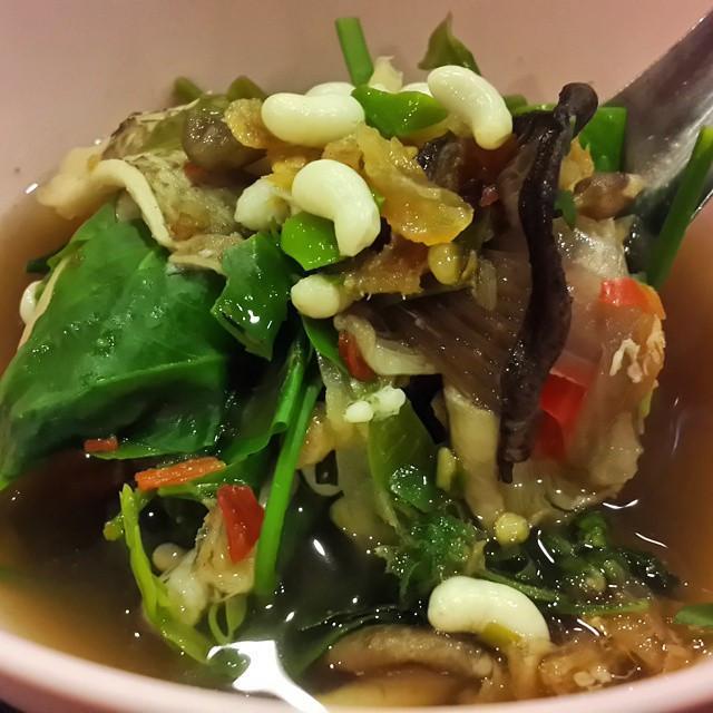 Gián chiên, rết nướng và loạt món ăn kinh dị khắp châu Á-5