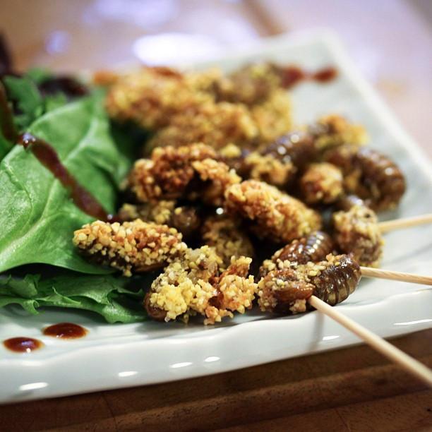 Gián chiên, rết nướng và loạt món ăn kinh dị khắp châu Á-11