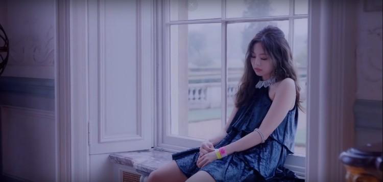 Đã mắt khi bóc giá đồ hiệu trong MV SOLO của Jennie (Black Pink)-1