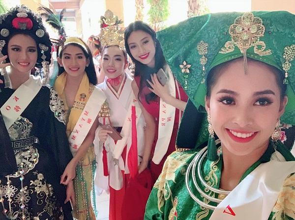 3 yếu tố giúp Tiểu Vy ghi điểm trong những ngày đầu tiên chinh chiến tại Miss World 2018-11