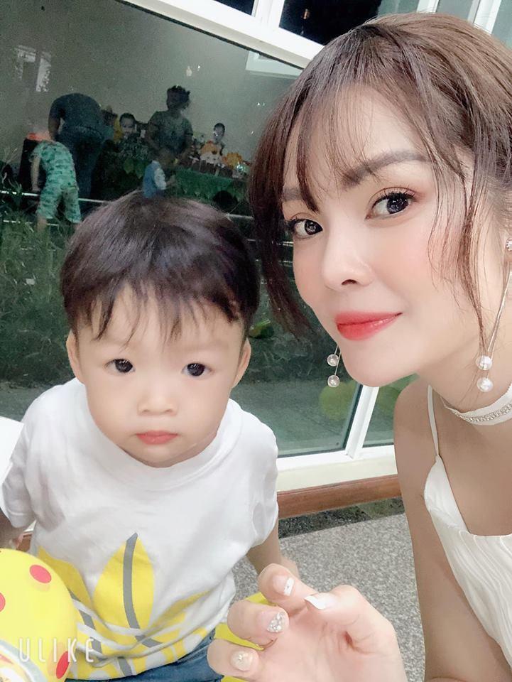 Tay trắng sau ly hôn chồng đại gia, Dương Cẩm Lynh đúng chuẩn phụ nữ đẹp nhất khi không thuộc về ai-12