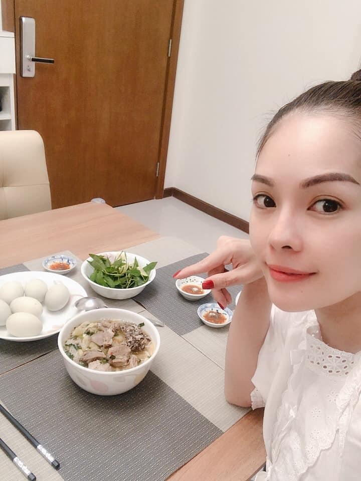 Tay trắng sau ly hôn chồng đại gia, Dương Cẩm Lynh đúng chuẩn phụ nữ đẹp nhất khi không thuộc về ai-3