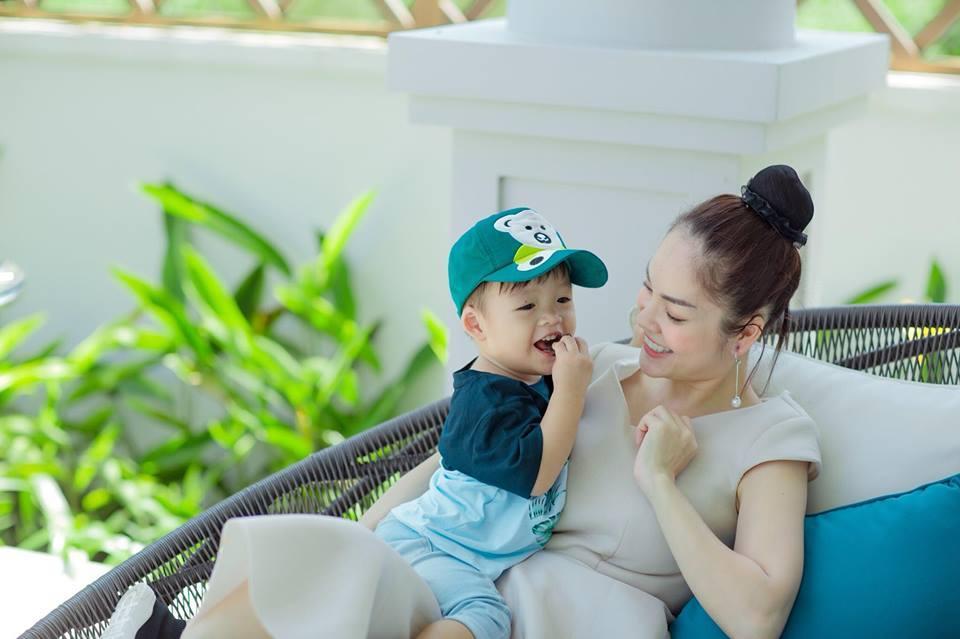Tay trắng sau ly hôn chồng đại gia, Dương Cẩm Lynh đúng chuẩn phụ nữ đẹp nhất khi không thuộc về ai-15