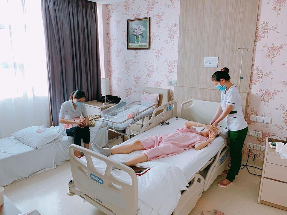 Chồng làm cơ trưởng thì đã sao? Em gái Quang Vinh còn khiến hội bỉm sữa xuýt xoa khi đẻ ở bệnh viện sang như khách sạn 5 sao-4