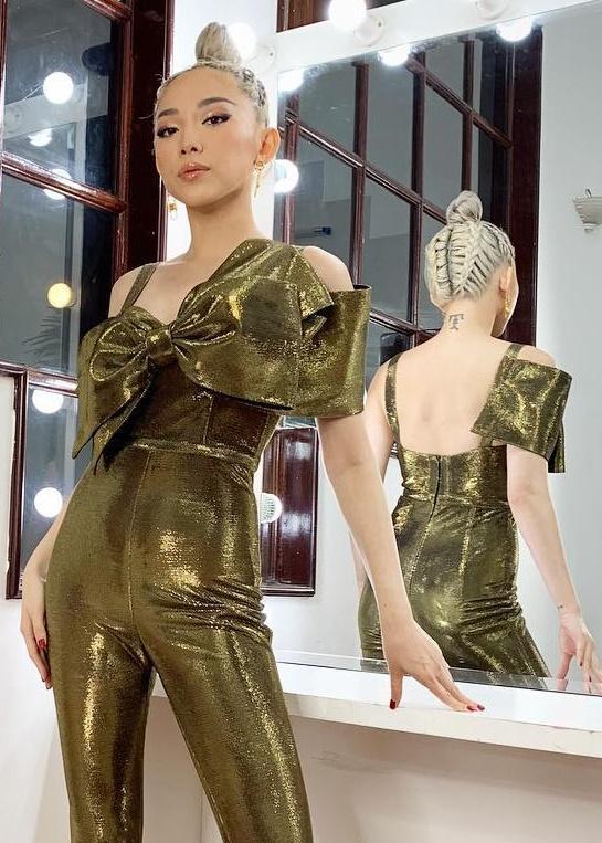 Không chỉ ghi điểm ở Miss World nhờ trang phục, Tiểu Vy gây mê hoặc bởi loạt layout make up cực kì hút mắt-11