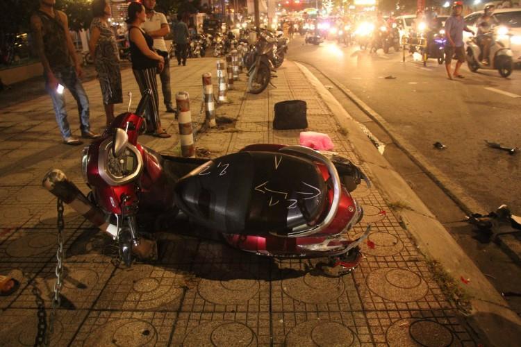 Lời khai tài xế lái ô tô điên tông liên hoàn 4 xe máy khiến 5 người thương vong ở Sài Gòn-1