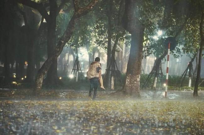 Mua nhẫn cưới gặp người yêu cũ, chàng trai nghẹn ngào: Chúng ta làm gì sai mà cuối con đường không là của nhau?-2