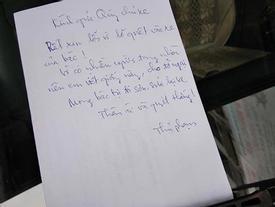 Lỡ quẹt xe ô tô trầy xước, 'thủ phạm' để lại mảnh giấy cùng lời nhắn gửi đến khổ chủ khiến nhiều người không thể tin được