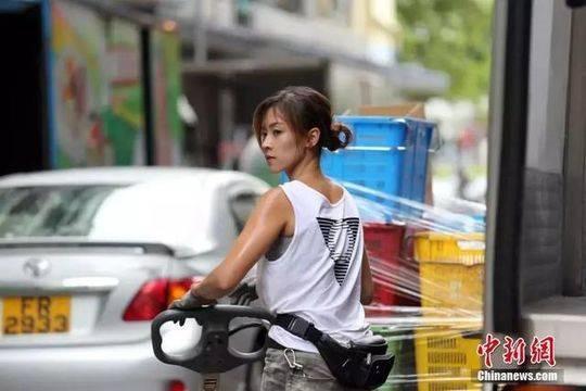 Hotgirl bốc vác Hong Kong: Đã làm nghề 10 năm, từ chối vào showbiz-4