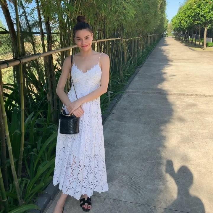 Chán mốt shipper, Sơn Tùng chuyến hướng style học sinh - Angela Phương Trinh hóa quý cô Retro sành điệu-1