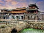 Hoàng thành Huế hơn 200 năm tuổi thu hút du khách thập phương