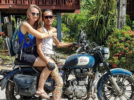 'Người rừng' Thái Lan nổi tiếng khắp mạng xã hội với khả năng tán gái siêu đỉnh