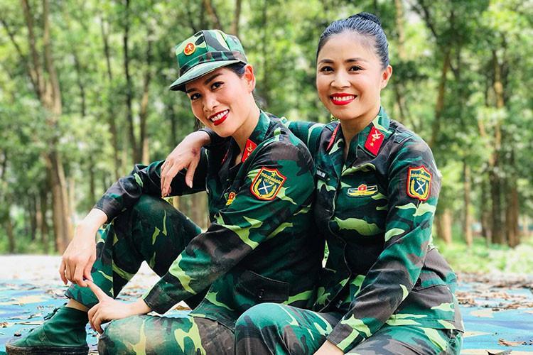 Những hình ảnh gợi cảm nhất của MC Hoàng Linh-1