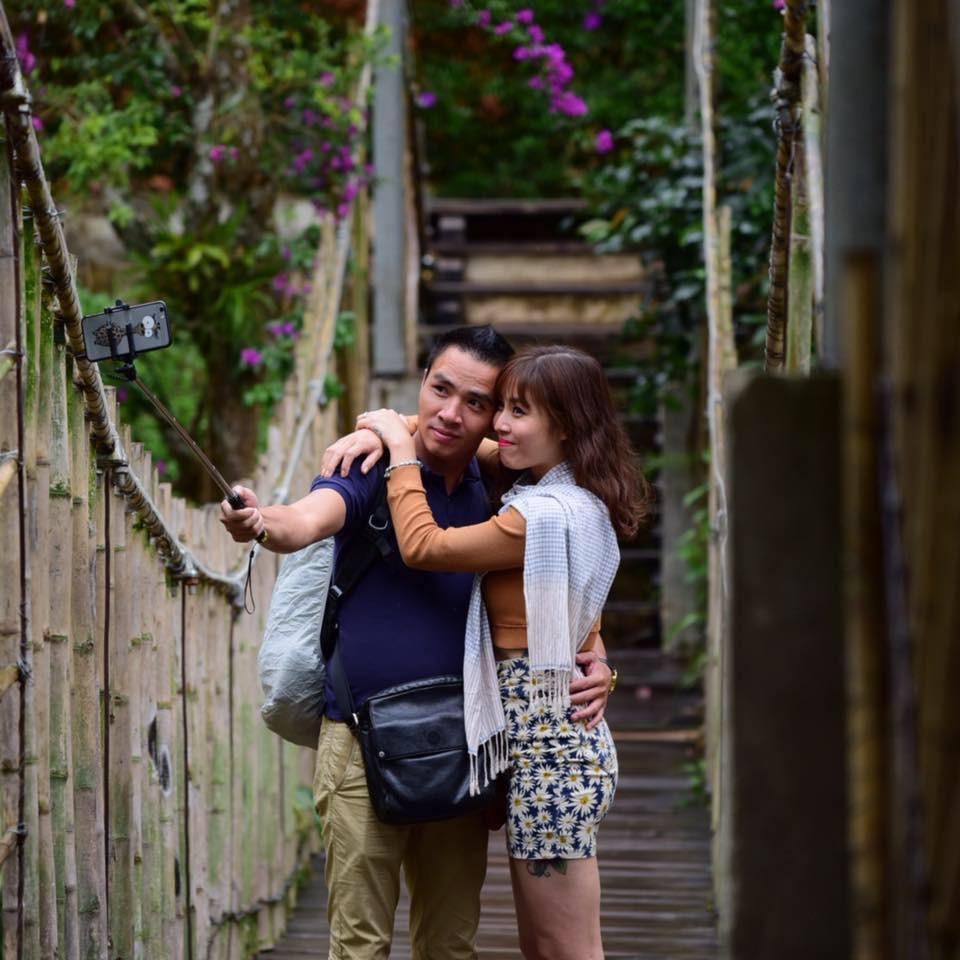 Những tưởng rạn nứt đã có thuốc chữa, chồng MC Hoàng Linh bất ngờ xóa ảnh tình tứ, chia sẻ hành động lạ-1