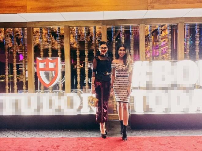 Thảo Tiên cùng mẹ gặp lại David Beckham tại Singapore-3
