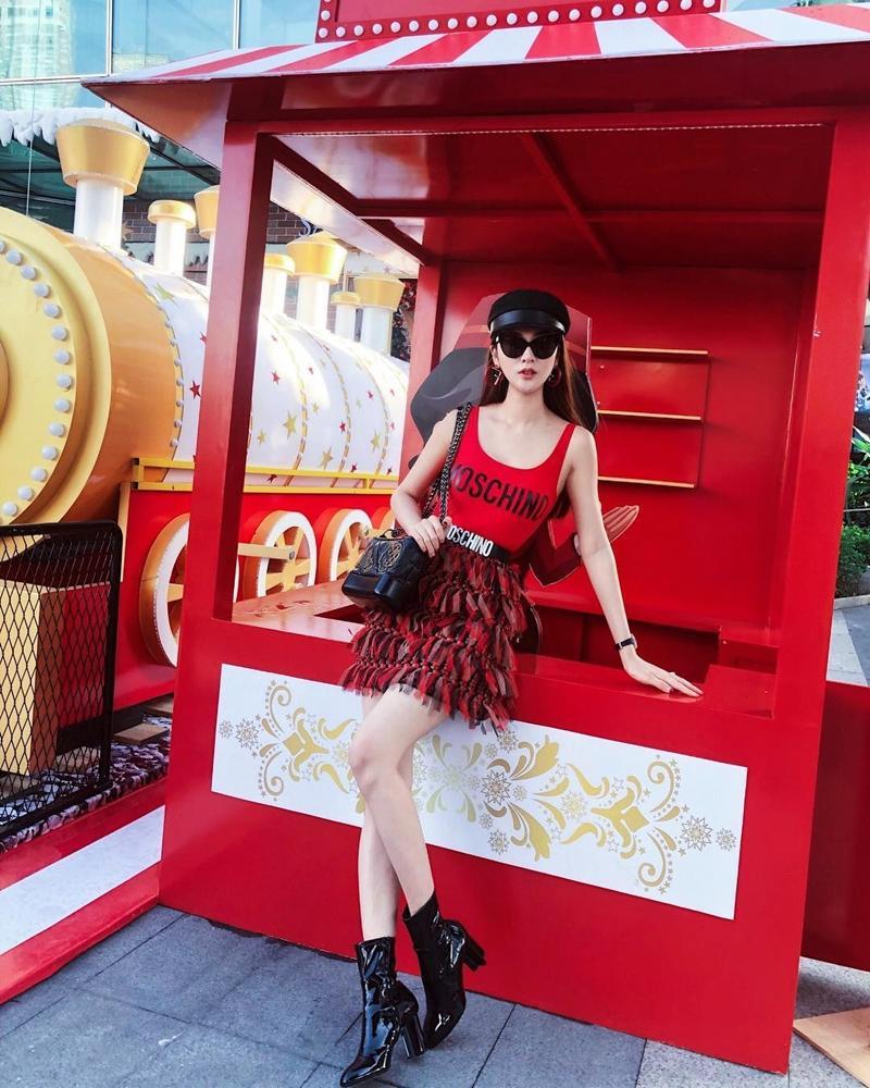 Chán mốt shipper, Sơn Tùng chuyến hướng style học sinh - Angela Phương Trinh hóa quý cô Retro sành điệu-9