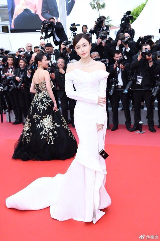 Vũ khí tối thượng giúp Tần Lam đánh gục nhan sắc của các mỹ nữ từ trẻ đến già-5
