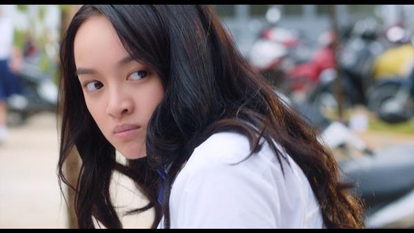 Chết cười với Thái Hòa phiên bản Kaity Nguyễn mặc đồng phục nữ sinh-5