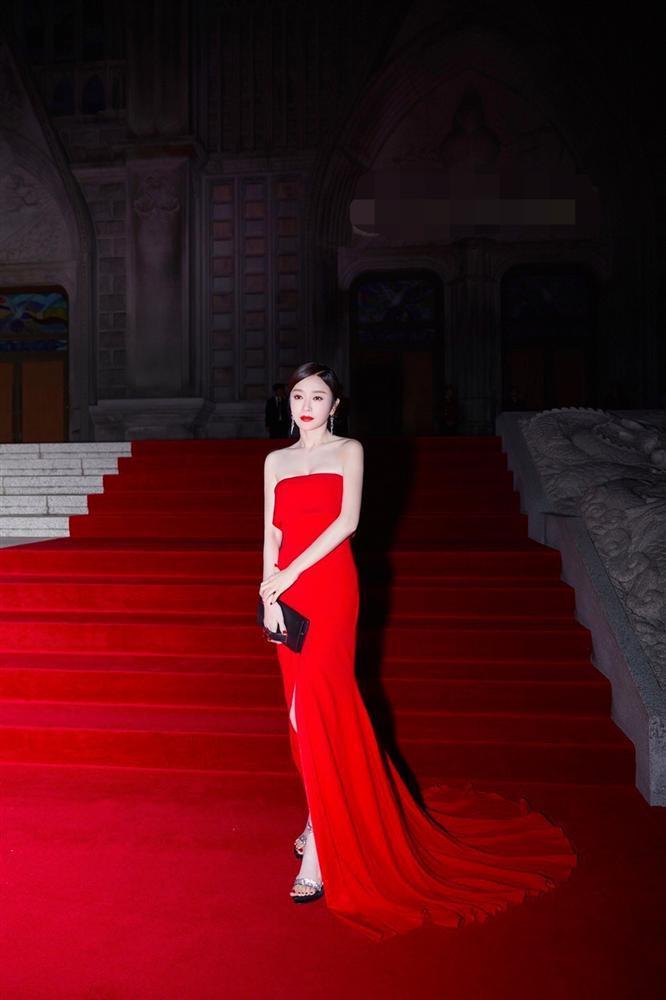 Vũ khí tối thượng giúp Tần Lam đánh gục nhan sắc của các mỹ nữ từ trẻ đến già-1