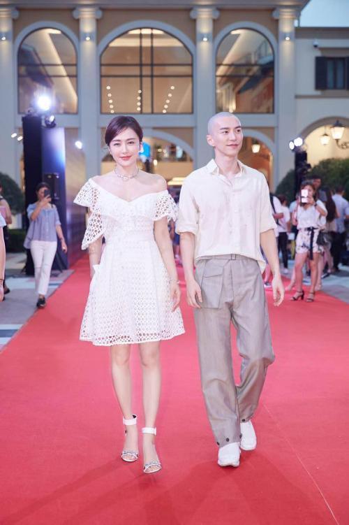 Vũ khí tối thượng giúp Tần Lam đánh gục nhan sắc của các mỹ nữ từ trẻ đến già-8