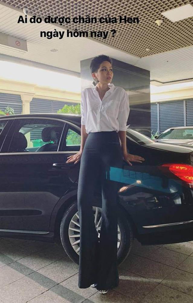 Hoa hậu Ê Đê sở hữu bảo vật chân dài nhìn như 2 mét nhờ... ăn lá rừng?-3
