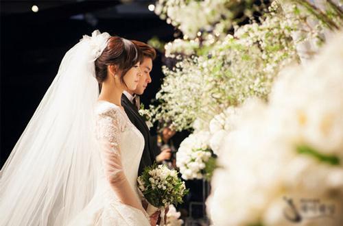 Sinh viên than trời vì tiền mừng cưới cuối năm: Các bạn có thể đừng mời cưới nữa được không?-2