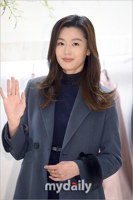 Mỹ nhân đình đám Kim Tae Hee sẽ đến Việt Nam vào tuần tới-2