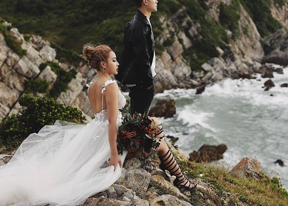 Thêm bộ ảnh cưới gây xôn xao khi cô dâu chịu chơi mặc bikini khoe trọn vòng 3 nóng bỏng-8