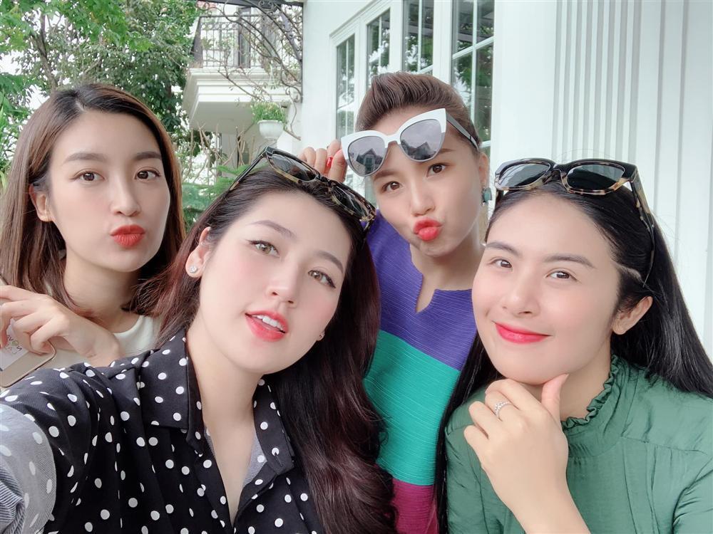 Vĩnh biệt mũm mĩm, Văn Mai Hương phô diễn hình thể nuột nà với bikini khiến vạn cô gái ghen tỵ-10