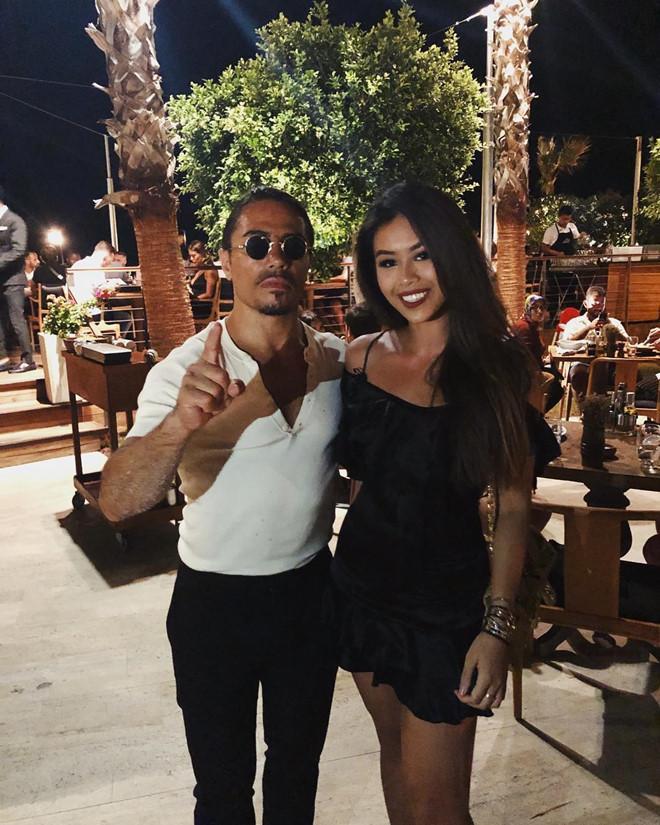 Rich kids, hot teen Việt nào từng khoe ảnh chụp cùng sao quốc tế?-2
