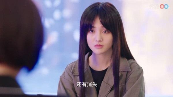 Triệu Lệ Dĩnh và Trịnh Sảng thành thảm họa vì đội tóc giả trong phim mới-4
