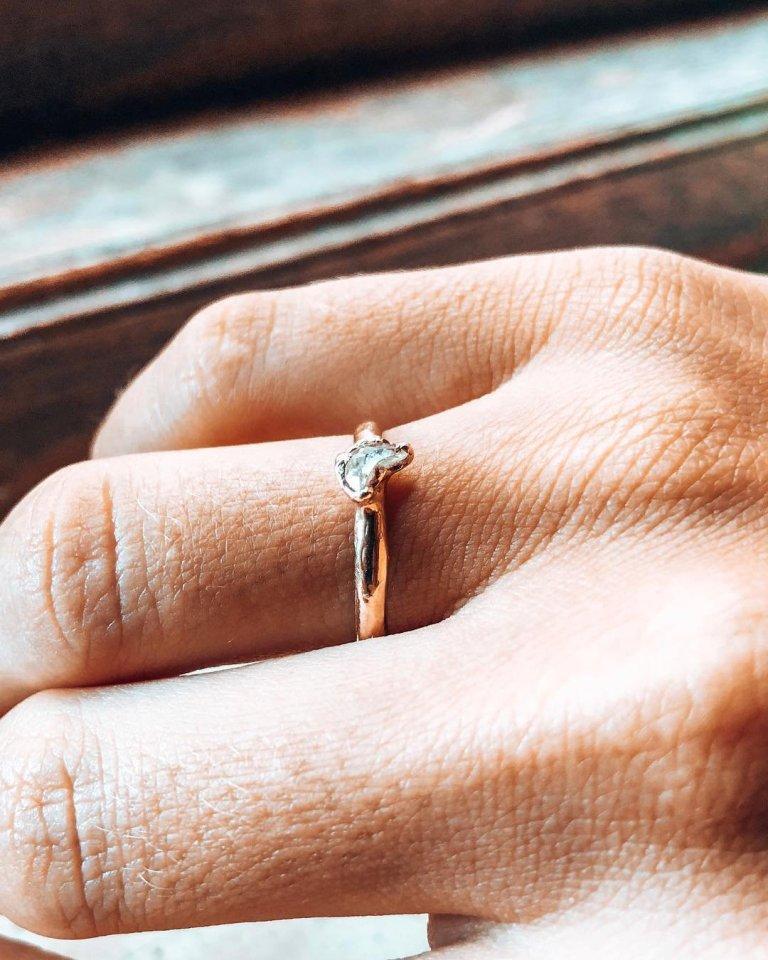Anh chàng từng đến Việt Nam tìm bạn gái đã có màn cầu hôn đẹp như mơ-4