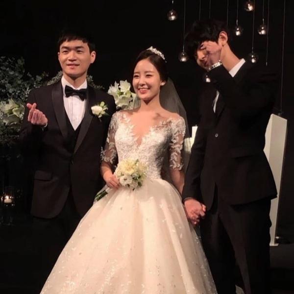 Chị gái của Chanyeol (EXO) cay đắng nói về cậu em trai nổi tiếng-10