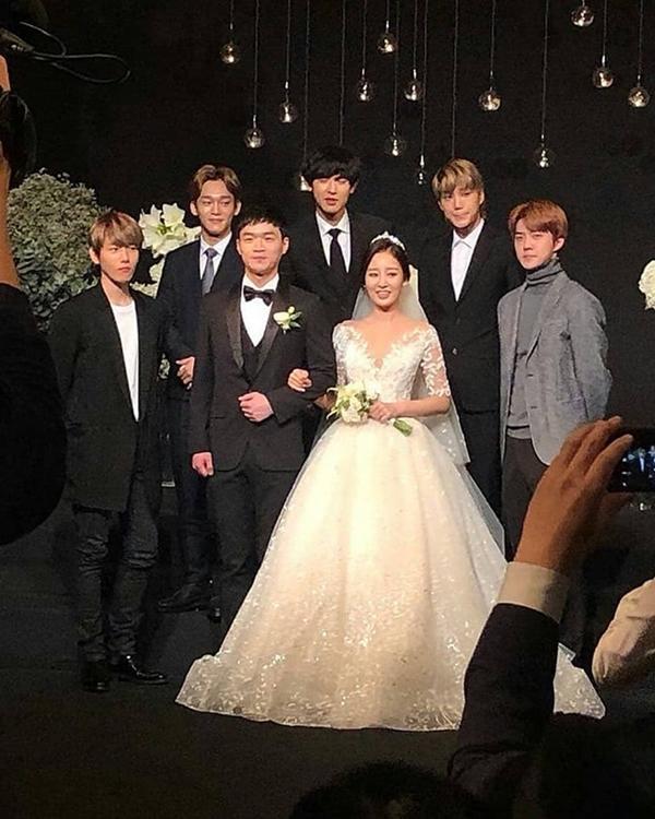 Chị gái của Chanyeol (EXO) cay đắng nói về cậu em trai nổi tiếng-8