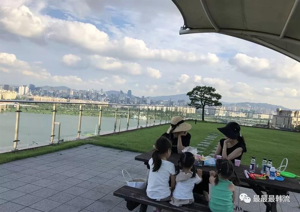 Á hậu dao kéo Park Shi Yeon lão hóa ngược khi ngày càng trẻ đẹp dù chạm ngưỡng 39 xuân xanh-2