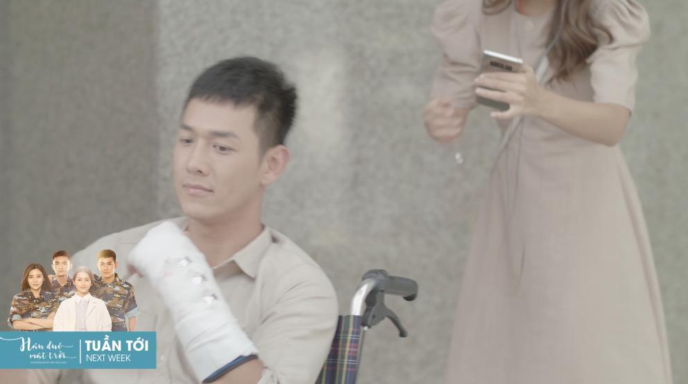Khả Ngân và Cao Thái Hà khóc hết nước mắt khi nghe tin người yêu hi sinh-2