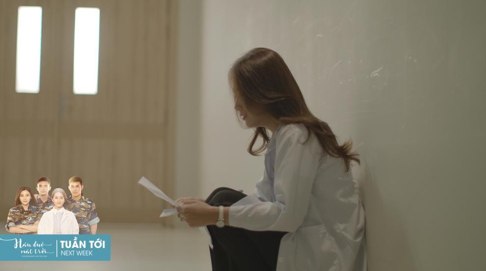 Khả Ngân và Cao Thái Hà khóc hết nước mắt khi nghe tin người yêu hi sinh-5