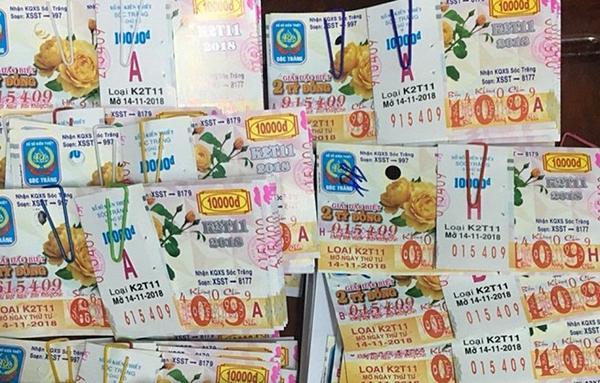 Một cán bộ ở Tây Ninh trúng thưởng 80 tờ vé số trị giá hơn 19 tỷ đồng-1