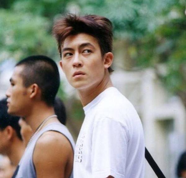 10 ngôi sao Trung Quốc thân bại danh liệt chỉ trong một đêm-4
