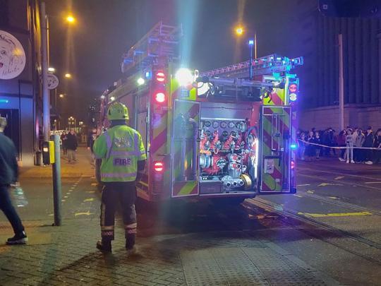 Hỗn loạn vì bom khói, 4 người bị thương trong đêm nhạc Lil Pump-3