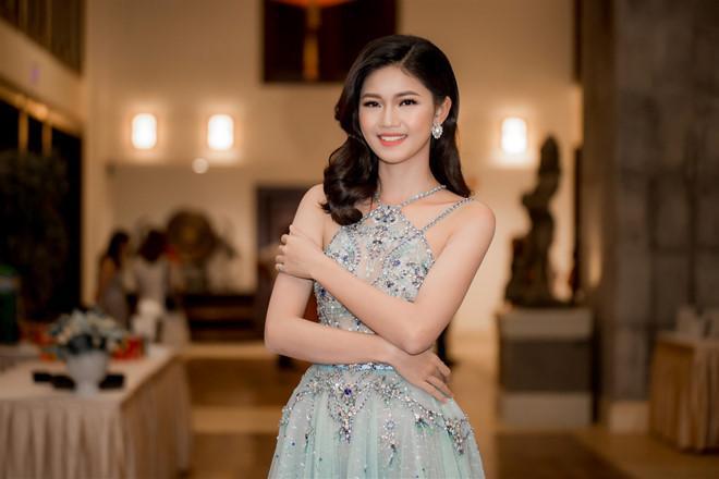 Á hậu Thanh Tú kết hôn với bạn trai U40 vào đầu tháng 12-1