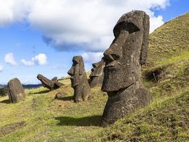 Đảo Phục Sinh với nghìn tượng đá 'đầu to' khác thường ở Chile
