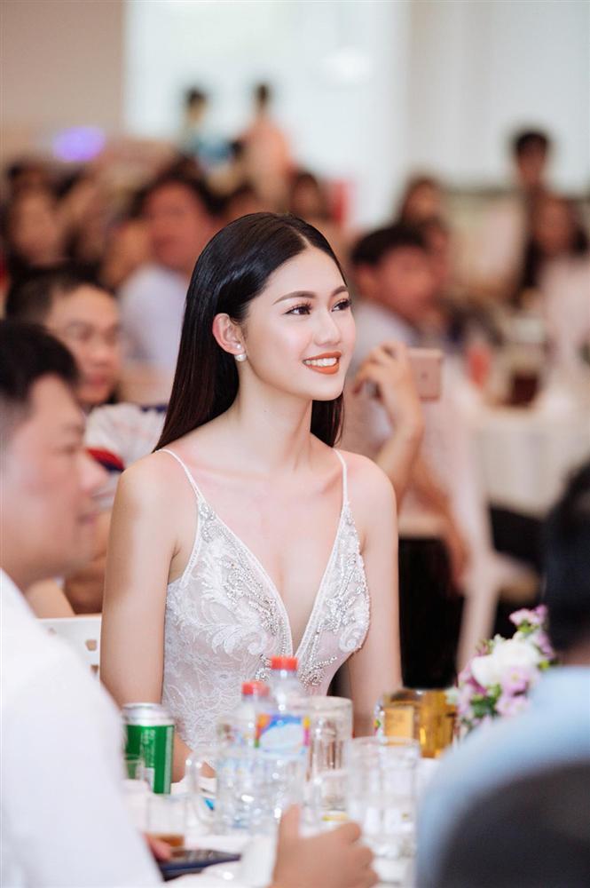 Á hậu Thanh Tú: Bạn trai lớn tuổi sắp cưới là mối tình đầu-3
