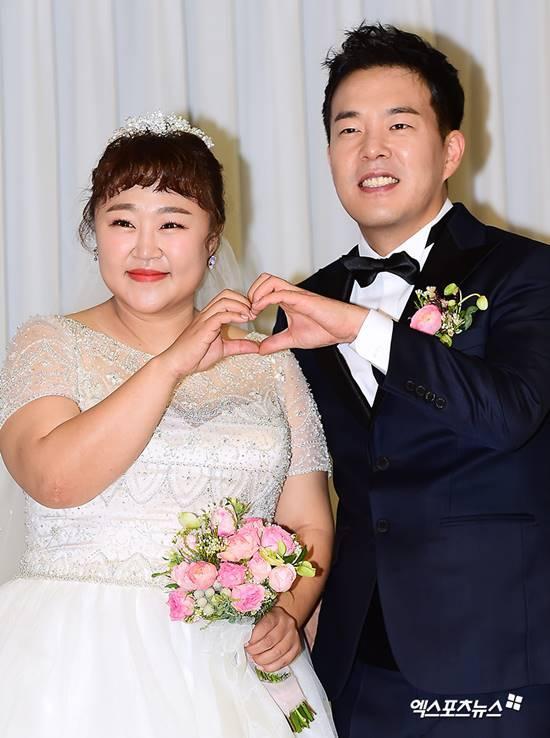Diễn viên hài xứ Hàn giảm 30kg để mặc vừa váy cưới: Hiện tại chưa muốn có con-1