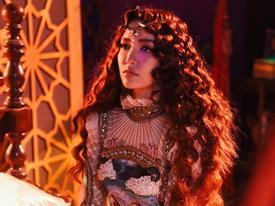 MV 'Chị NGẢ em nâng' của 'bà đồng' Bích Phương drama hơn cả 'Cô dâu 8 tuổi'