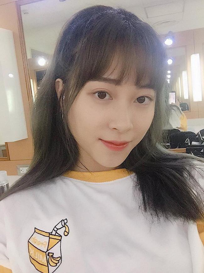 Tạm quên ồn ào tình cảm, MC Hoàng Linh còn gây chú ý khi có em gái sở hữu nhan sắc đẹp tựa hotgirl-5
