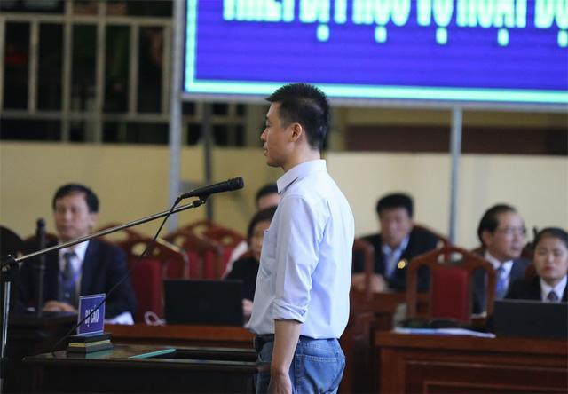 Ông trùm Phan Sào Nam rơi nước mắt khi được nhắc đến 2 con-1